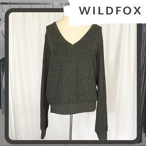☘️ NWT WILDFOX V-Neck Baggy Beach Jumper (Gray)
